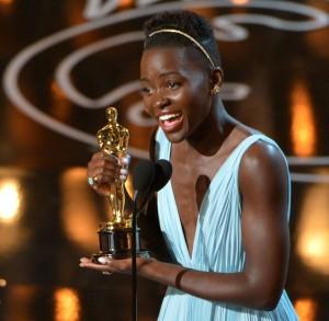 Lupita3-Oscars