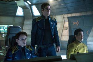 Star_Trek_Beyond-Chris_Pine-John_Cho-002
